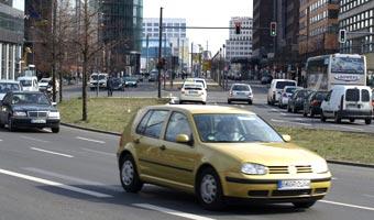 Drożeją używane auta. Przez mocne euro
