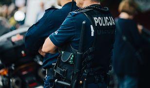 Policjanci namierzają autora zgłoszenia