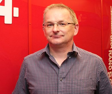 """Artur Rolak jest dziennikarzem sportowym, który przeprowadził wywiad-rzekę """"Jestem Isia"""" z Agnieszką Radwańską"""
