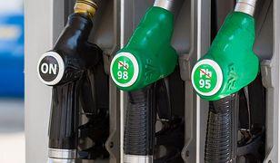 W ostatnim tygodniu tylko benzyna potaniała