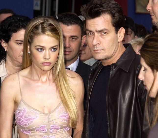 Denise Richards i Charlie Sheen tuż po ślubie w 2002 r.