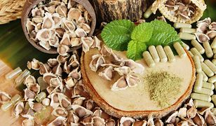 Moringa – jak wykorzystać produkty z drzewa chrzanowego
