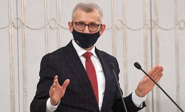 Zmiany zapowiedział senator Krzysztof Kwiatkowski.