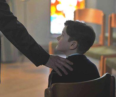 """Kadr z filmu """"Dzięki Bogu"""""""