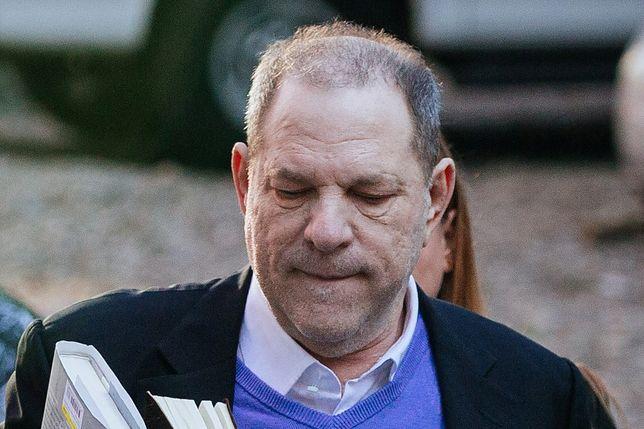 Harvey Weinstein w ogniu obciążających go zeznań. Kolejna kobieta powiedziała o gwałcie