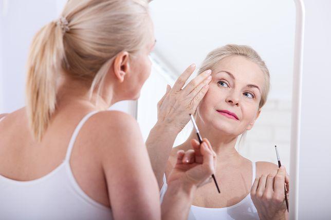 Kilka trików sprawi, że twoja twarz będzie wyglądać młodziej