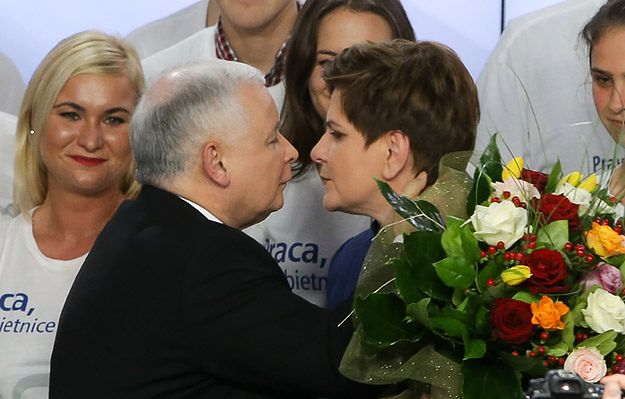 """Niemcy i Francja nie skomentowały wyniku wyborów w Polsce. """"Bruksela się obawia"""""""