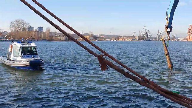 Gdańsk. Robotnicy wyłowili zabytkowe armaty i... zatopili je w innym miejscu. Grozi im więzienie