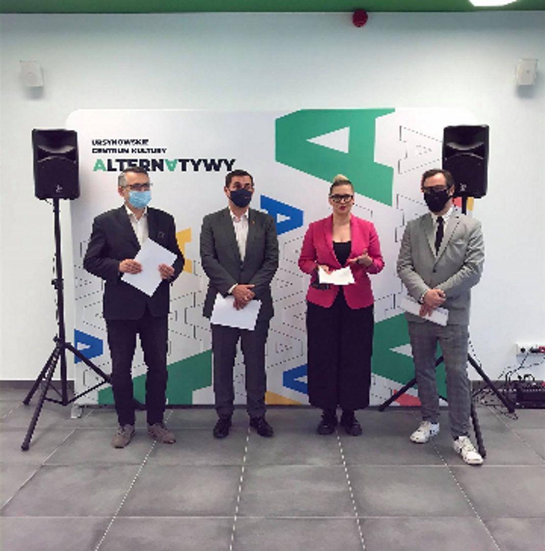 Warszawa. Na Ursynowie otwarto nowe centrum kultury