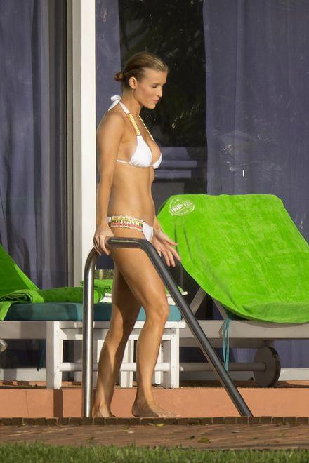 Znana polska modelka opalała się bez stanika! Ma się czego wstydzić?