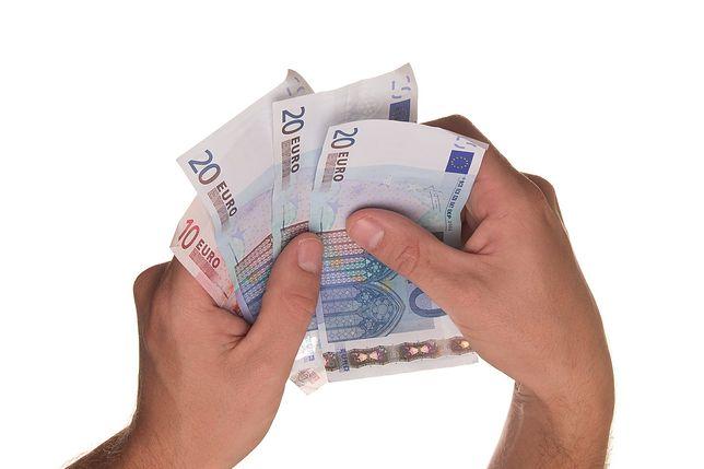 Pożycz nawet do 15 tysięcy złotych w 15 minut