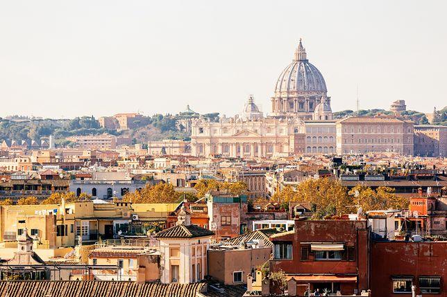 """Włochy: Rzym jest gotowy na przyjęcie turystów. """"Czekamy na was z otwartymi ramionami"""""""