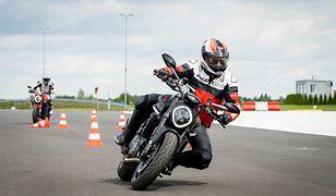 Nowy Ducati Monster sięga do korzeni. Wystarczy się przejechać, żeby zrozumieć
