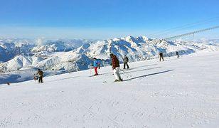 Narciarski i snowboardowy raj dostępny jest zazwyczaj od listopada do kwietnia