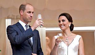 """""""Efekt Kate"""" nie powinien istnieć. Tomasz Jacyków tłumaczy, dlaczego kopiując styl księżnej, narażamy się na śmieszność"""