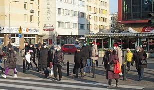 Nowe obostrzenia w Polsce przyniosły efekty? Jednoznaczna odpowiedź