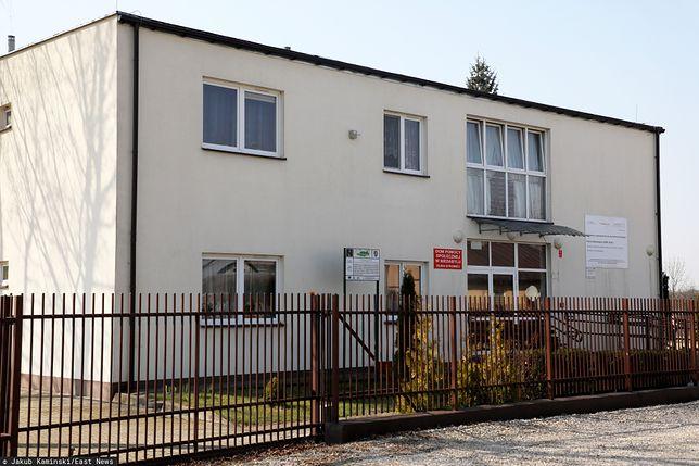Koronawirus w Polsce. 60 osób z DPS-ie w Niedabylu ma koronawirusa