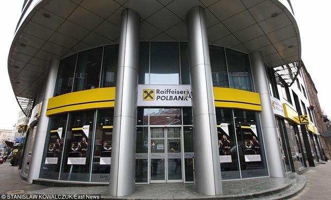 Dawniej znany jako Raiffeisen Bank Polska, obecnie (od 2013 roku) bank funkcjonuje pod nazwą Raiffeisen Polbank