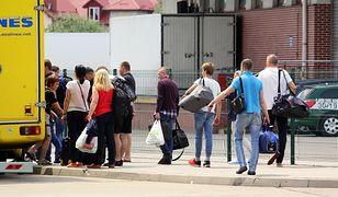G. miała nieformalnie kontrolować trzy firmy, zatrudniające obywateli Ukrainy.