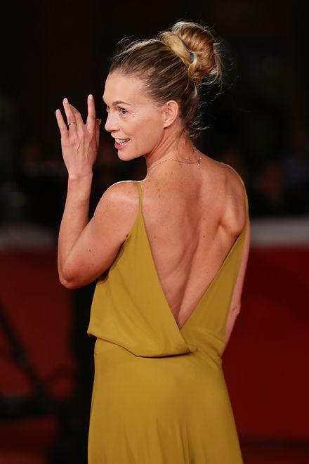 Musztardowa suknia włoskiej gwiazdy - sukces czy porażka?