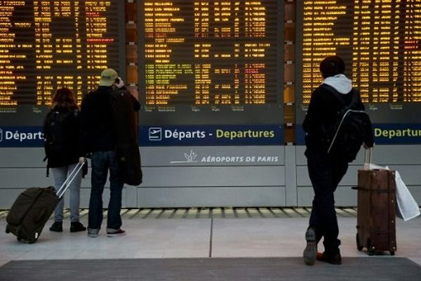 Dojazd z lotniska Paryż-Charles de Gaulle na lotnisko Beauvais-Tillé. Jak szybko się dostać?