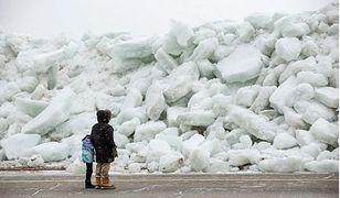Niezwykłe zjawisko. Uderzyło lodowe tsunami