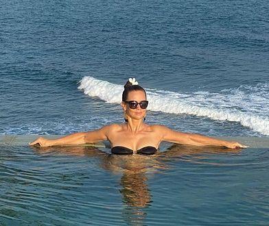 Rusin w bikini wypoczywa na Sri Lance. Zdjęcie z wakacji ma drugie dno