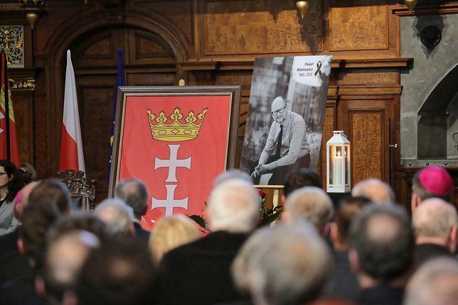 Radni uczcili pamięć Pawła Adamowicza podczas uroczystej sesji rady miasta