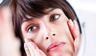 Grawitacja pod kontrolą, czyli jak zachować właściwy owal twarzy?