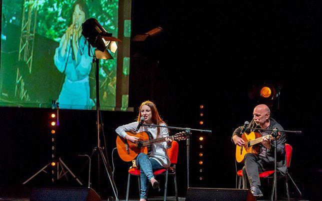 Śląskie. Fani Karin Stanek mieli okazję posłuchać jej hitów podczas koncertu w bytomskim Beceku.