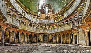 Opuszczone świątynie - czy znów mogą błyszczeć?