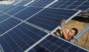 """""""Mój prąd"""". Ministerstwo przypomina krok po kroku, jak zdobyć dofinansowanie na fotowoltaikę"""
