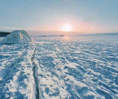 Rosja znów korzysta z poligonu w Arktyce. Kiedyś odbywały się tam próby jądrowe