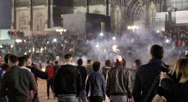 W sylwestrową noc 2015 roku doszło w Kolonii do dantejskich scen