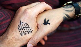 Tatuaż serduszko, tatuaż kwiatek, tatuaż symbol - najmodniejsze małe tatuaże