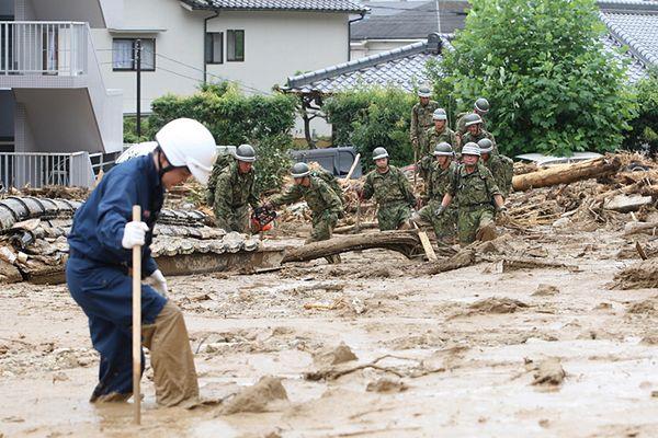 36 śmiertelnych ofiar ziemnych lawin w Japonii