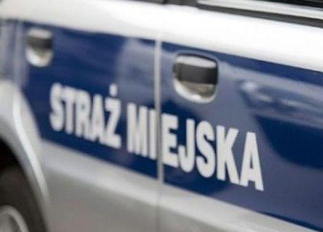 Śmierć mężczyzny na posterunku straży miejskiej w Łomiankach
