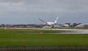 Niebezpieczne lądowanie Boeinga 737.