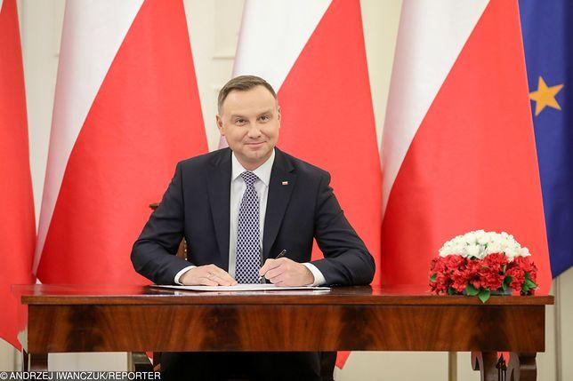 Prezydent Andrzej Duda cieszy się zaufaniem 66 proc. ankietowanych - poinformował CBOS