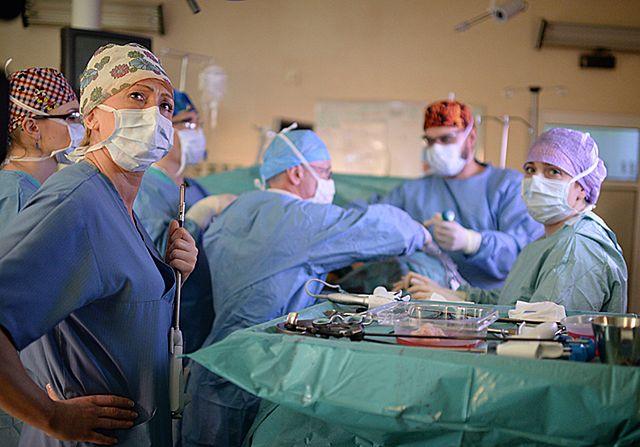 Wymienili się nerkami. Sukces polskich transplantologów