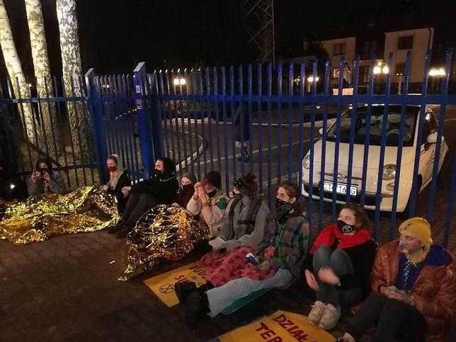 Toruń. Strajk pod siedzibą Radia Maryja