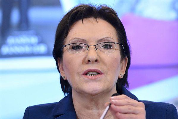 Ewa Kopacz: wydarzenia we Francji nie zagrażają Polakom w kraju