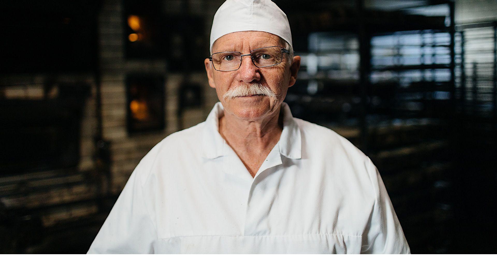 Piekarnia pana Roberta powstała kilkadziesiąt lat temu. Kiedyś właścicielem był jego ojciec, teraz interes należy do niego.