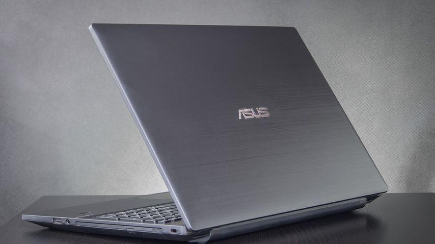 Laptopy w roku 2017: koniec stacji dokujących, w zamian USB Type-C