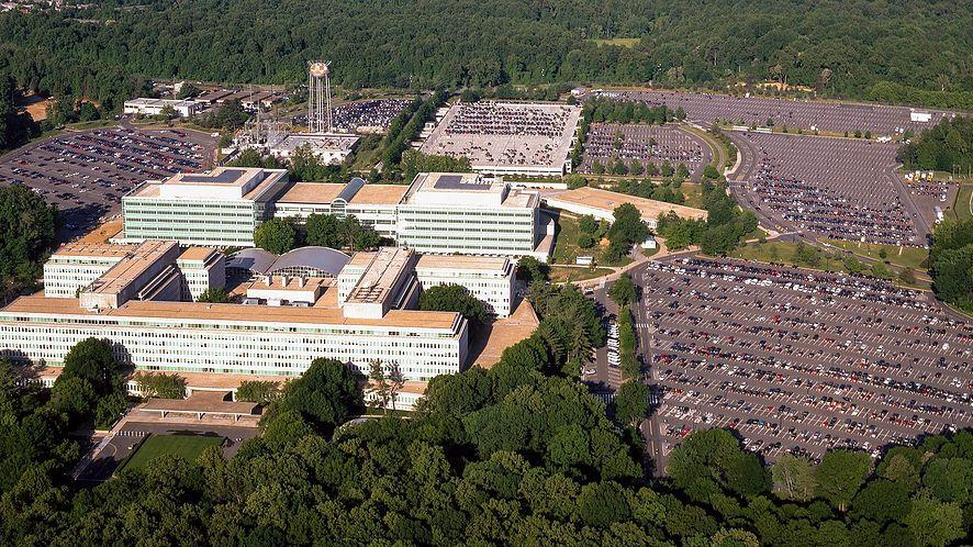 Widok z lotu ptaka na siedzibę Centralnej Agencji Wywiadowczej, Langley, Wirginia (USA)