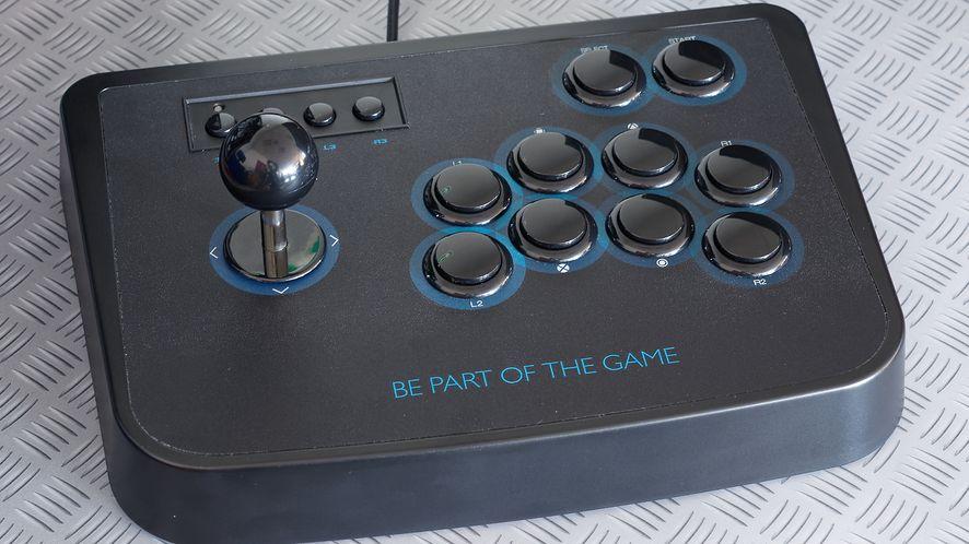 Lioncast Arcade Fighting Stick – test dżojstika arcade nie tylko dla fanów retro