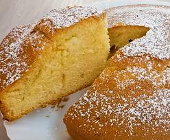 Ekspresowy deser. Przepis na ciasto, które zrobisz w 3 minuty