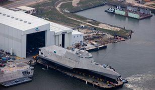 USA. Wodowanie okrętu USS Gabrielle Giffords w lutym 2015 roku