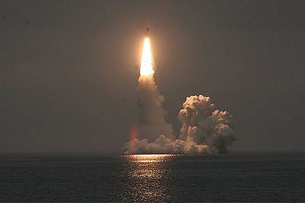 Rosja: udana próba rakiety Buława