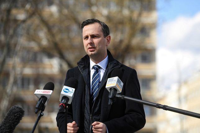 """Koronawirus w Polsce. Władysław Kosiniak-Kamysz: """"Dziś nie ma czasu na oszczędzanie""""."""